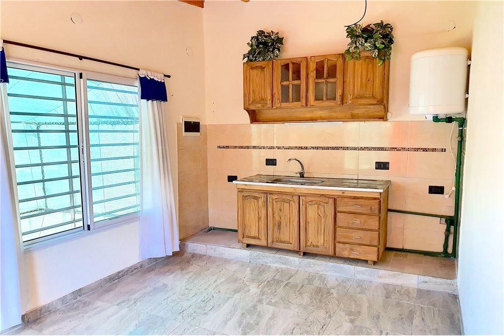 casa + 6 ambientes +2 cocheras +venta + don orione