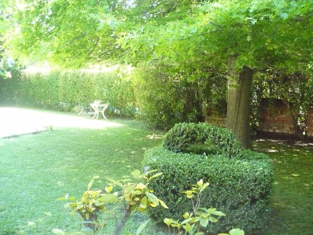 casa 6 ambientes en barrio de canning! lote 1500 m2