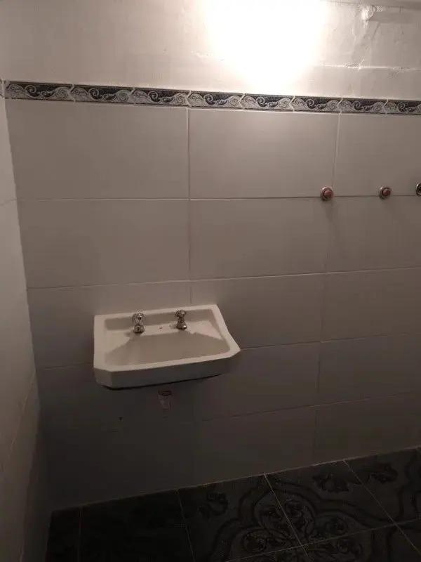 casa 6 dormitorios 2 baños en centro!!!