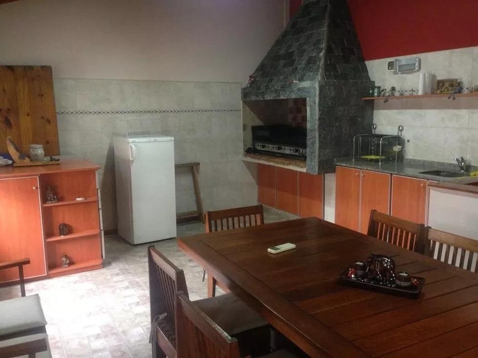 casa 7 ambientes con pileta y terraza