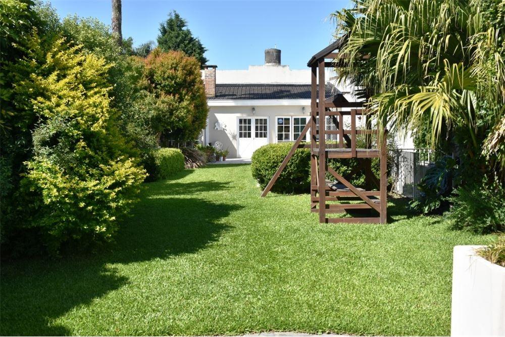 casa  7 ambientes wilde  jardín ,quincho y pileta