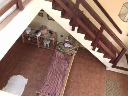 casa à 700 metros da praia com 1 quarto em peruíbe/sp 2888pc