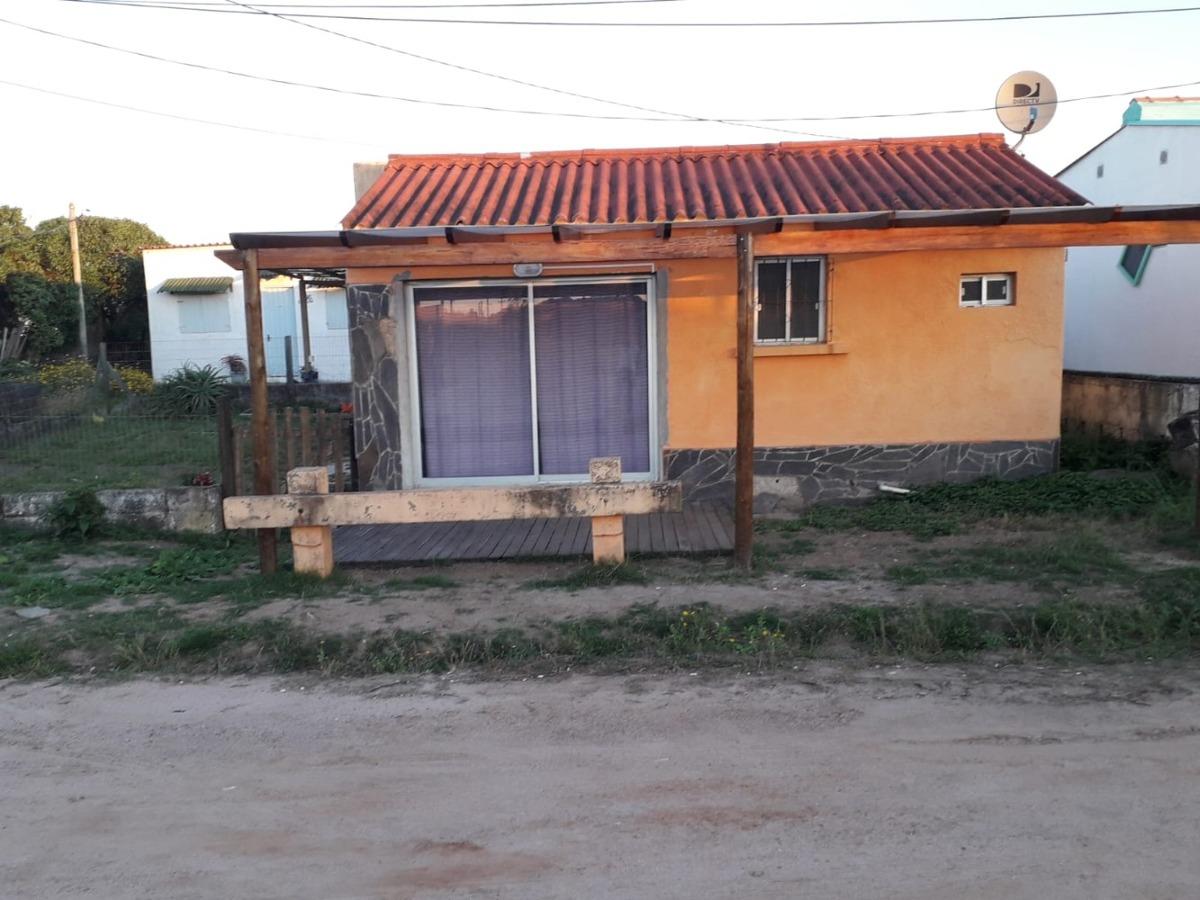 casa   a  30 metros playa
