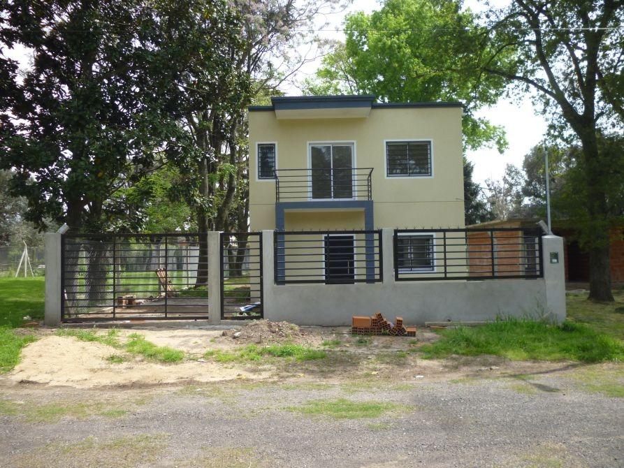 casa a estrenar en barrio cerrado en desarrollo