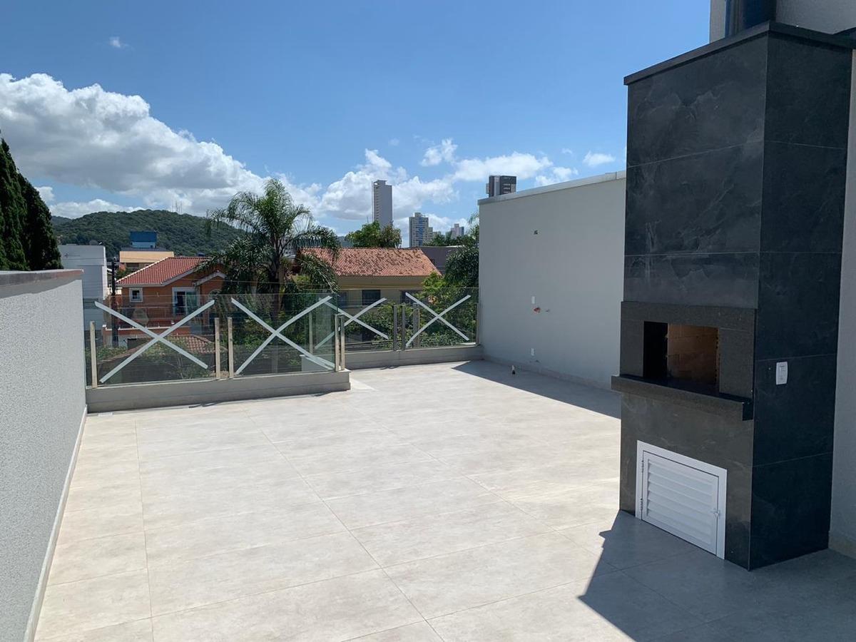 casa a estrenar en el centro de balneario camboriu - brasil