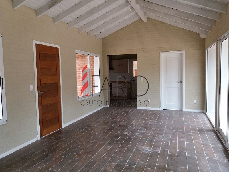 casa a estrenar en pinares 2 dormitorios con parrillero y cochera-ref:35959
