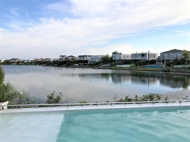 casa a la laguna amoblada en los lagos nordelta