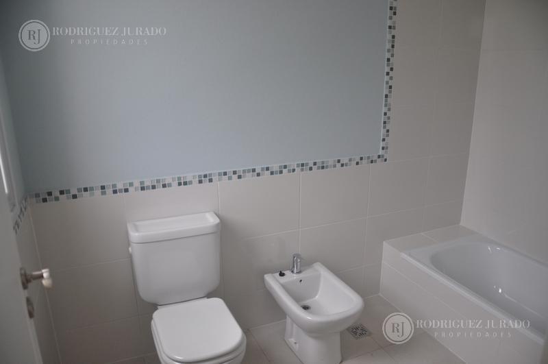casa a la laguna ceibos - puertos - categoría y diseño
