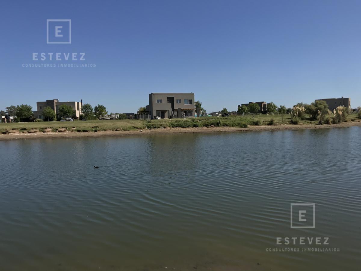 casa a la laguna en venta - barrio cerrado san matias, escobar
