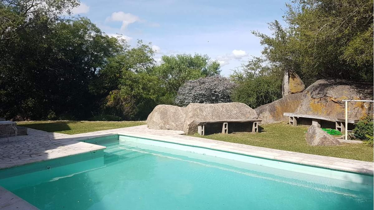 casa a la venta 3 dor piscina sierras de córdoba