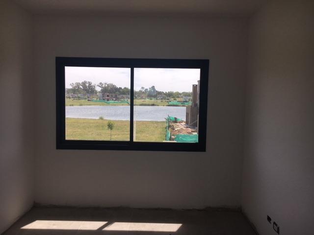 casa a la venta a laguna en barrio san matias