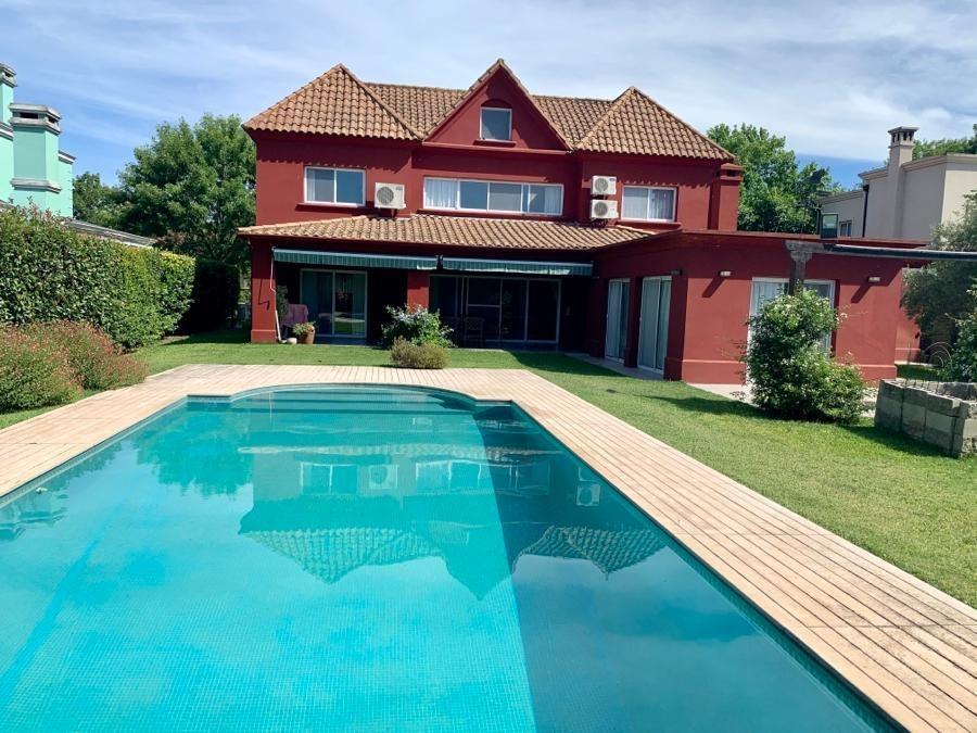 casa a la venta barrio privado la celina