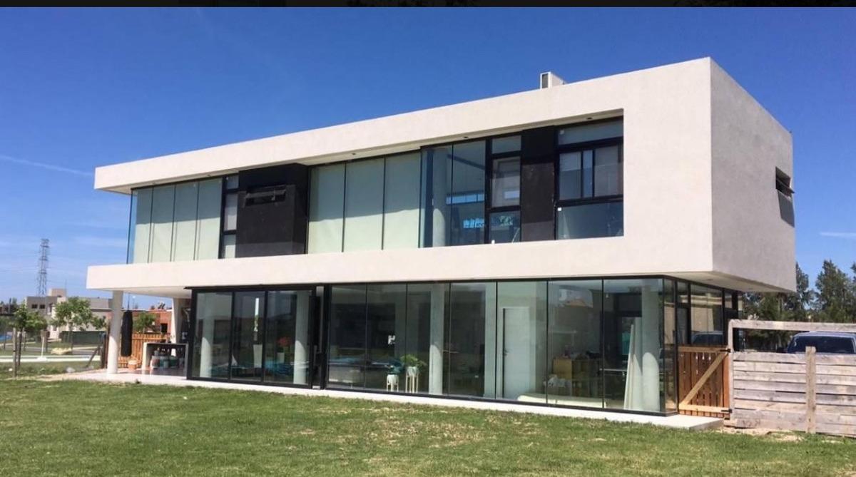 casa a la venta barrio privado san gabriel villanueva