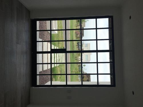 casa a la venta en barrio san rafael complejo villanueva