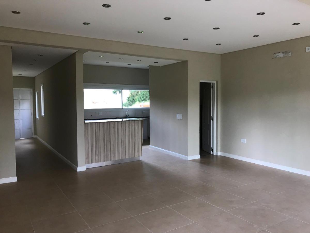 casa a la venta en costa esmeralda- senderos i lote 45