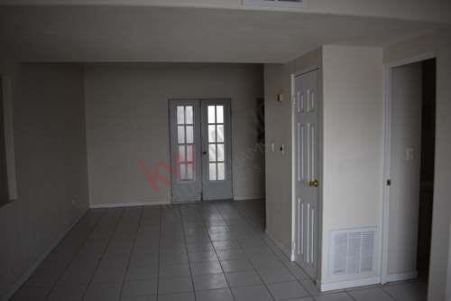casa a la venta en fraccionamiento portal del sol zona plaza sendero