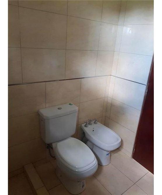 casa a la venta en roldan  2 dormitorios c/ pileta