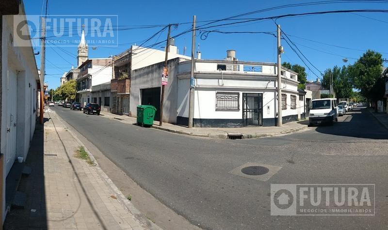 casa a reciclar- apto constructora a 500 mts de alberdi  - barrio refineria, rosario