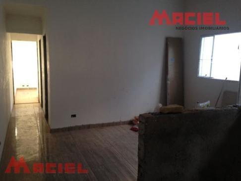 casa a venda com piso laminado