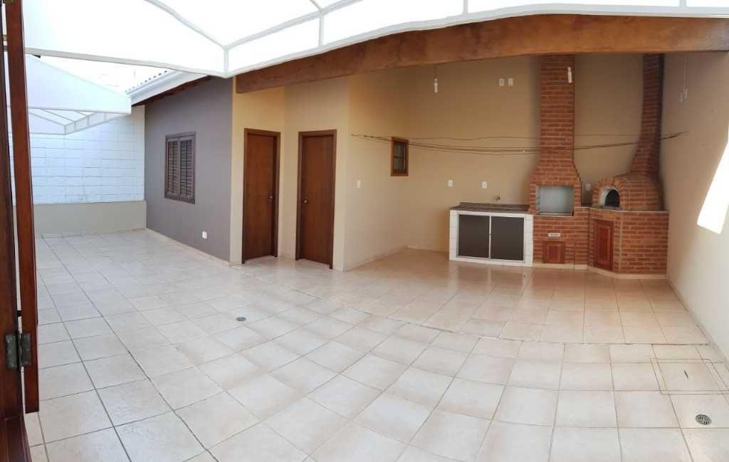 casa a venda em bairro nobre de bragança paulista-sp - 9038