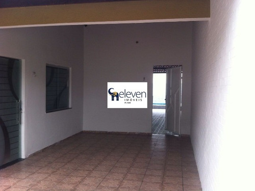 casa a venda no bairro de muchila em feira de santana com 3 quarto sendo uma suite, sala, varanda, área de serviço, banheiros, 1 vaga, 280 m². - cs00108 - 32723588