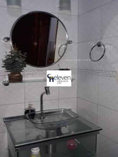 casa a venda no barbalho em salvador com 3 quartos sendo uma suite, sala, varanda, cozinha, área de serviço, banheiros, 2 vagas, 185 m². - cs00145 - 32785055