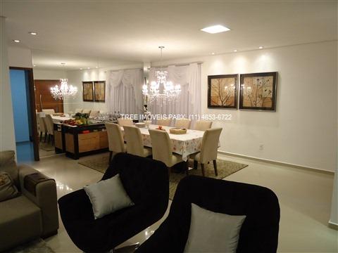casa a venda no condominio aruã com 300m² de terreno e 330m² de construção distribuidos e 3 suites sendo 1 master com hidro, closet com armarios e uma sacada com vista privilegiada - ca00679 - 1955028