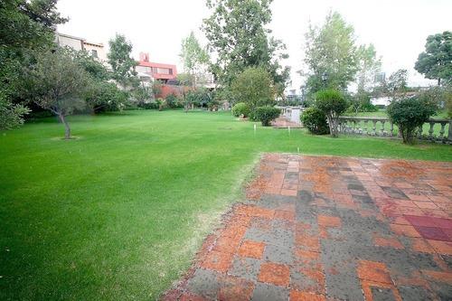 casa actual en cerrada con jardín común zona anahuac