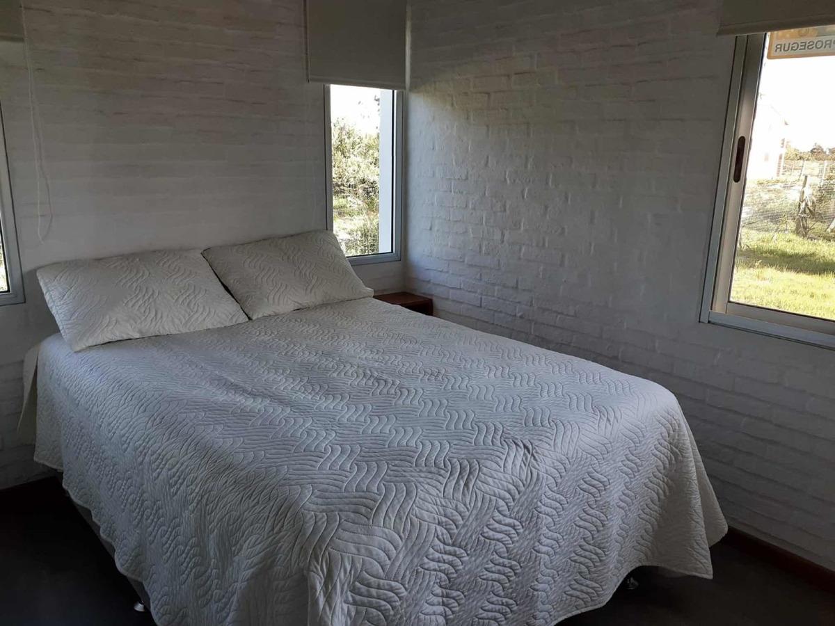 casa aires del mar a 2 cuadras de playa anaconda