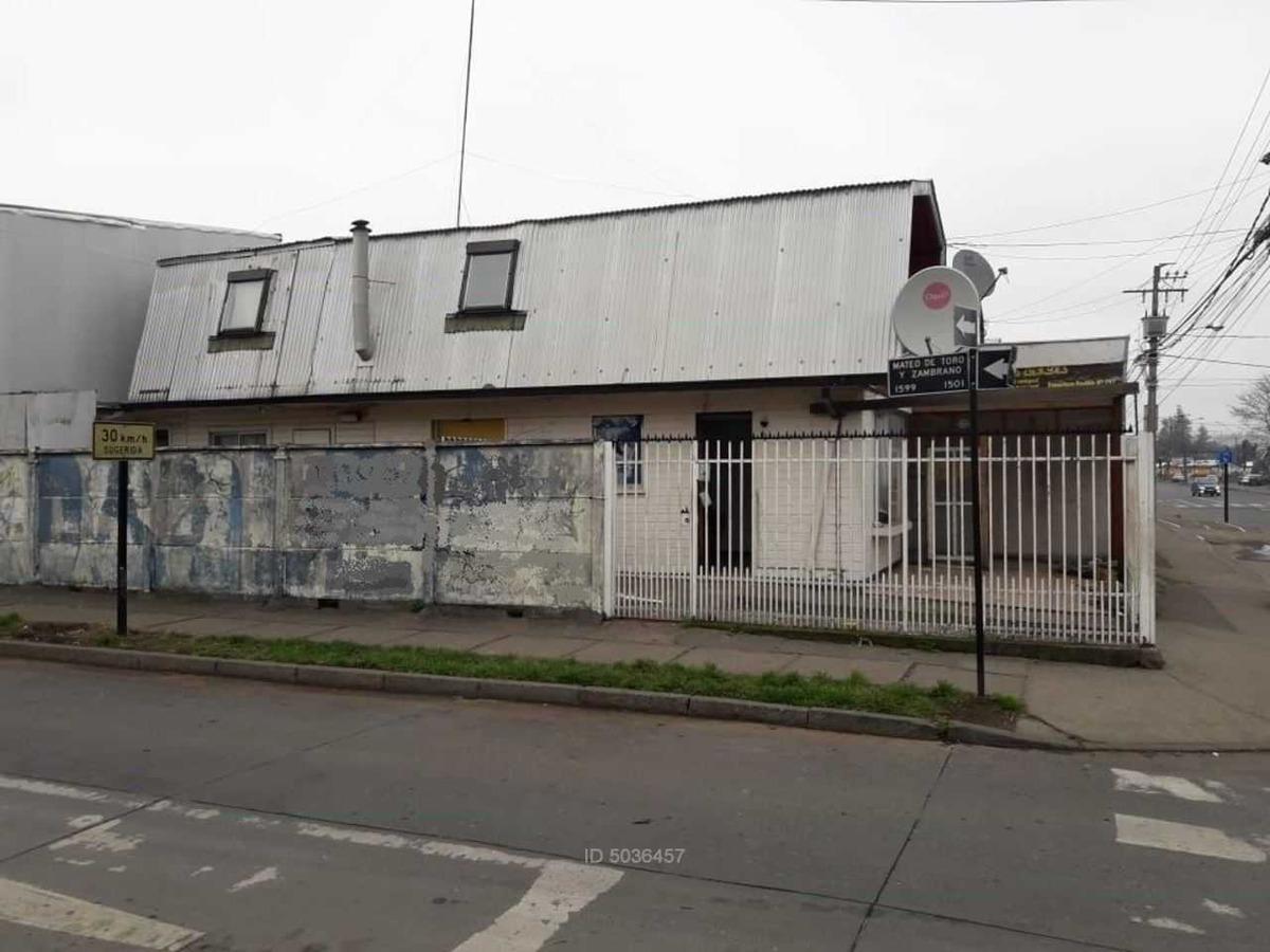 casa aislada con 2º piso en villa patria
