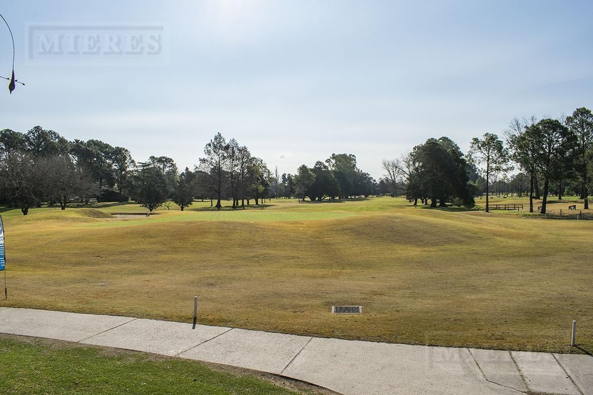 casa al golf en highland park c.c