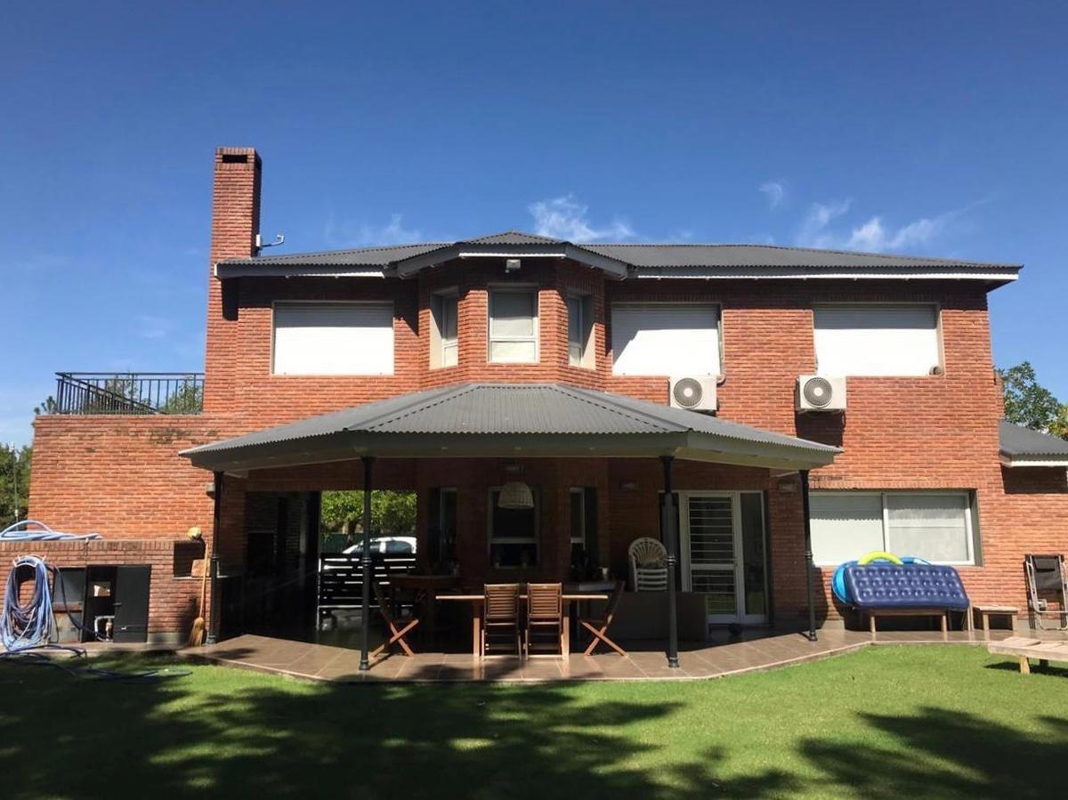 casa - aldea fisherton
