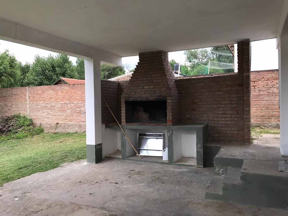 casa alpina a la venta en villa carlos paz.
