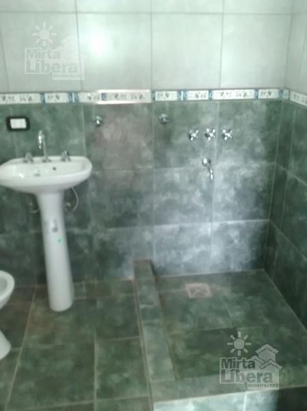casa alquiler - calle 630 y 115 - villa parque sicardi