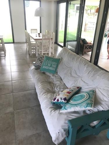 casa alquiler / venta  costa esmeralda pinamar