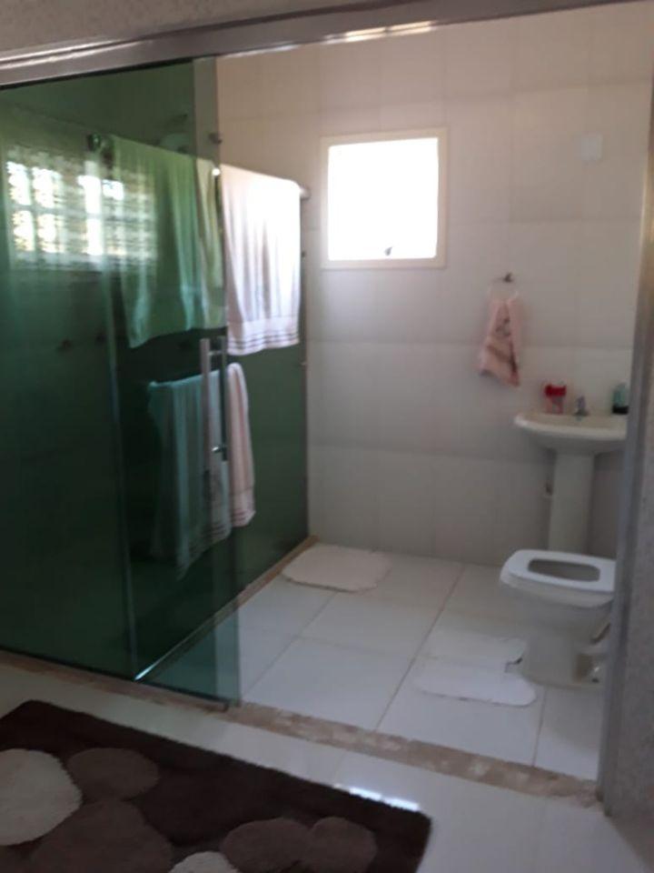 casa alto padrão  no sul de minas , em águas de contendas , uma das melhores águas minerais do mundo, 03 quartos, lago , terreno com 3.870 m2. - 446