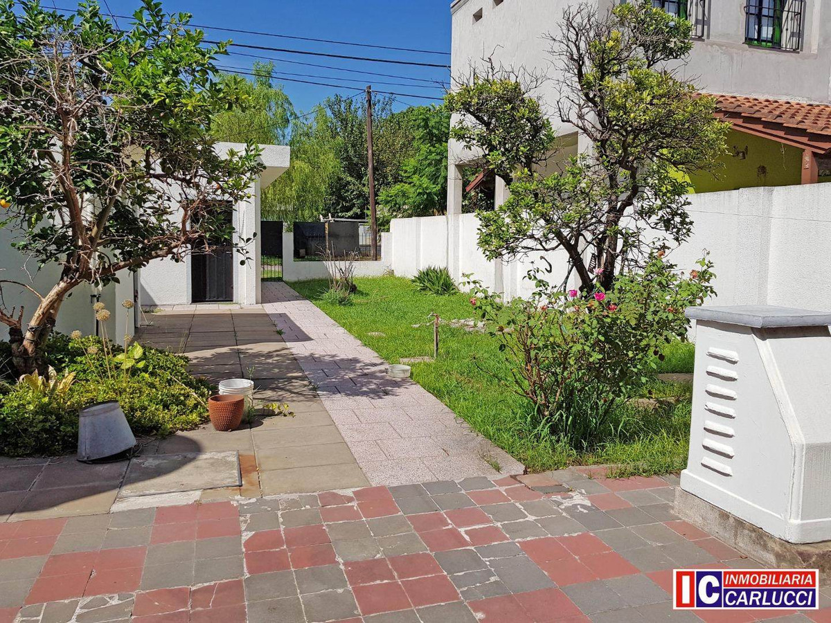 casa americana 3 ambientes en venta en ituzaingó norte