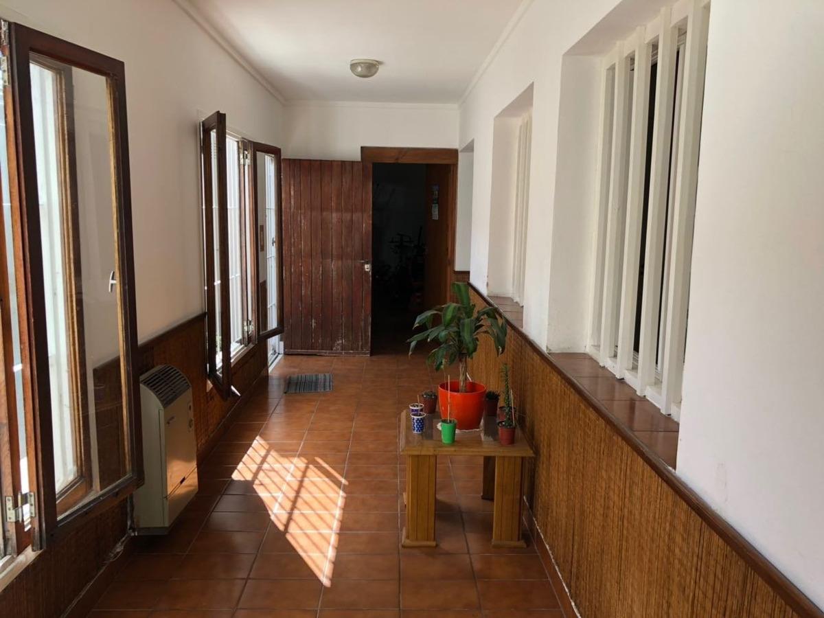 casa americana 4 grandes ambientes, gge y patio