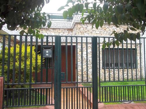 casa americana villa tesei - reservada-----