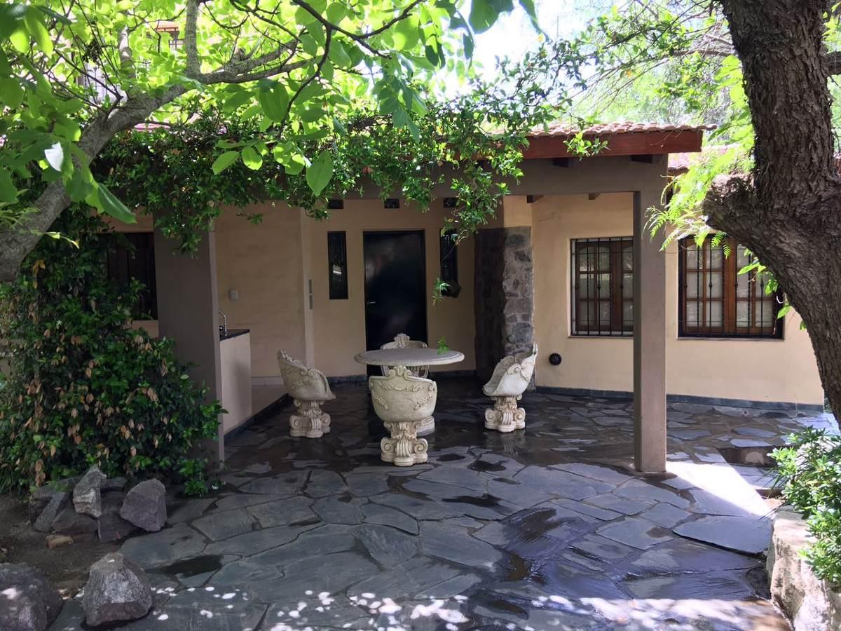 casa amoblada, con vista al lago san roque, v.carlos paz...