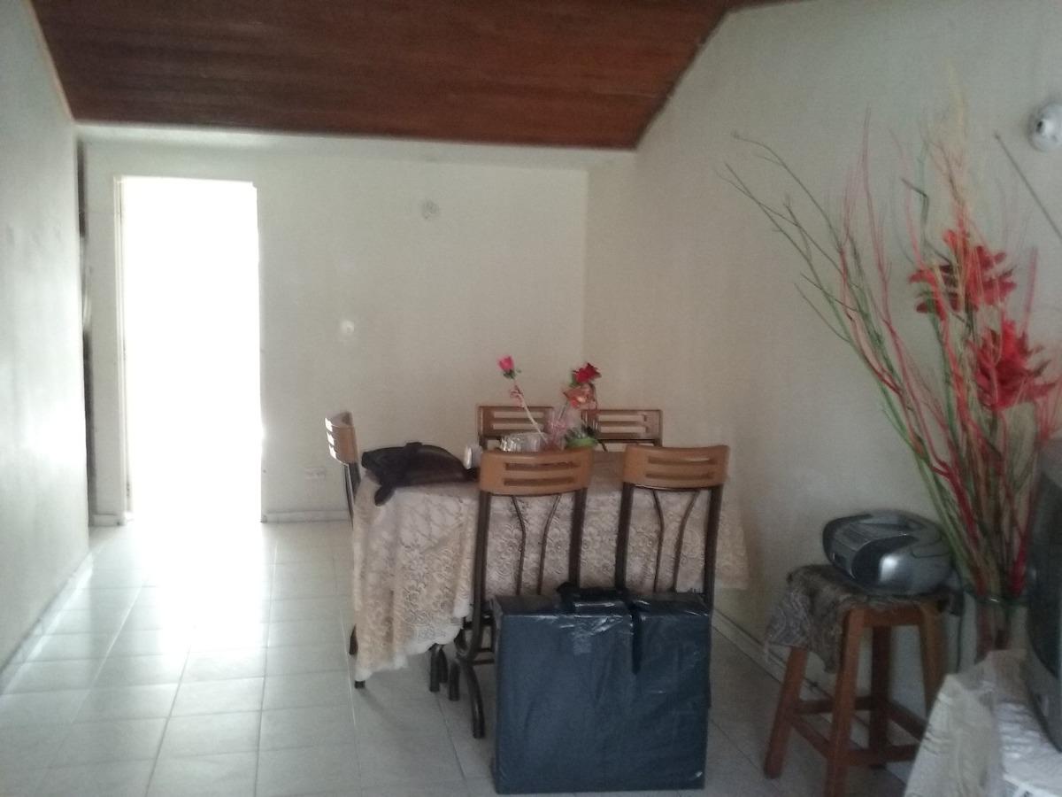 casa amplia bien ubicada facatativa espacios claros 2 pisos