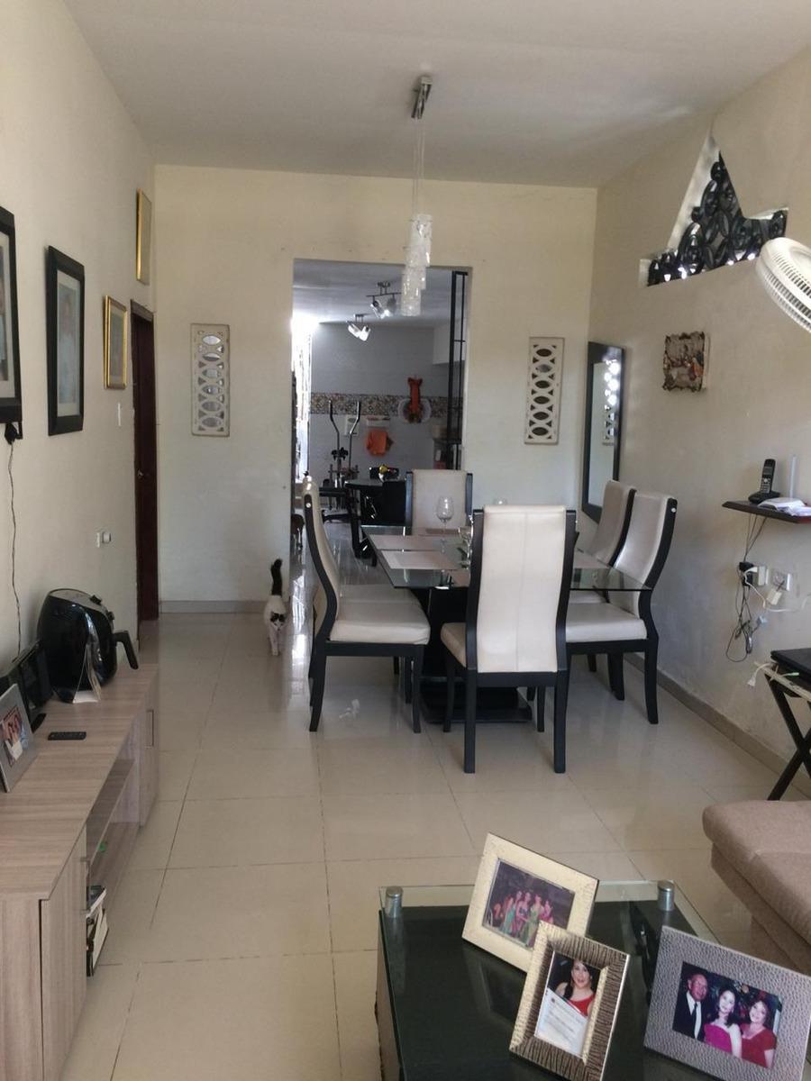 casa amplia con buena ventilación e iluminación