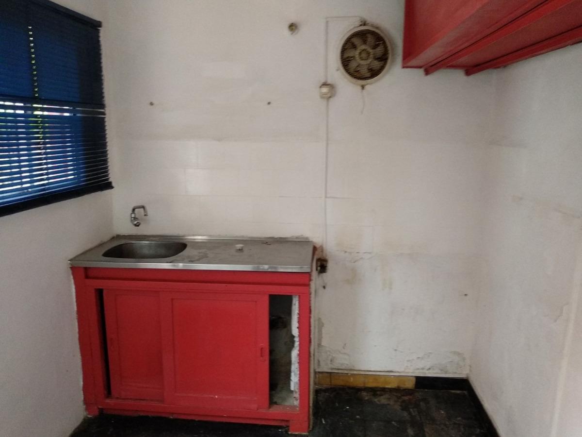 casa amplia en areguati a 3 d cno maldonado u$s 95.000 v111