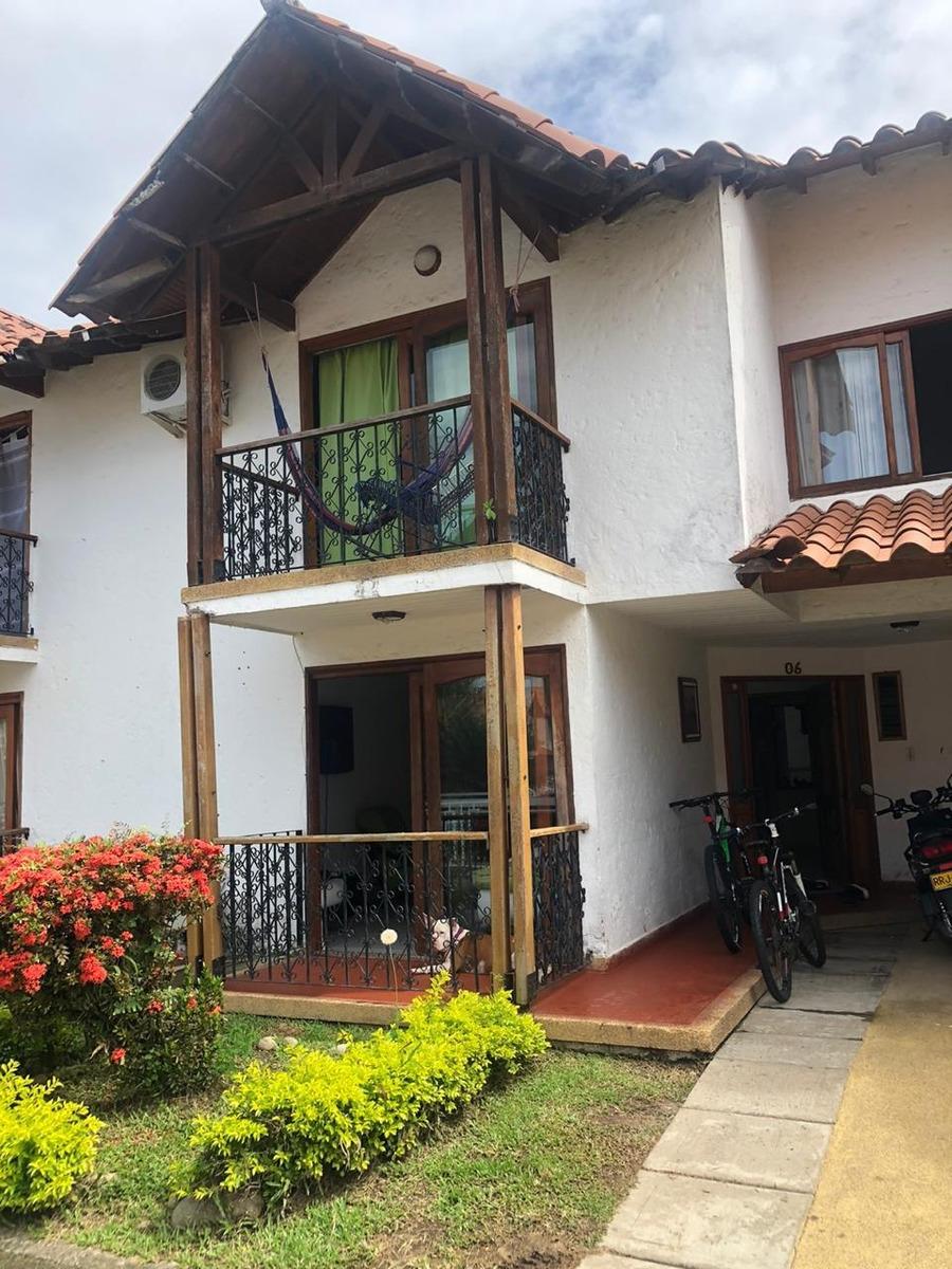 casa amplia, hermosa y ventilada en venta