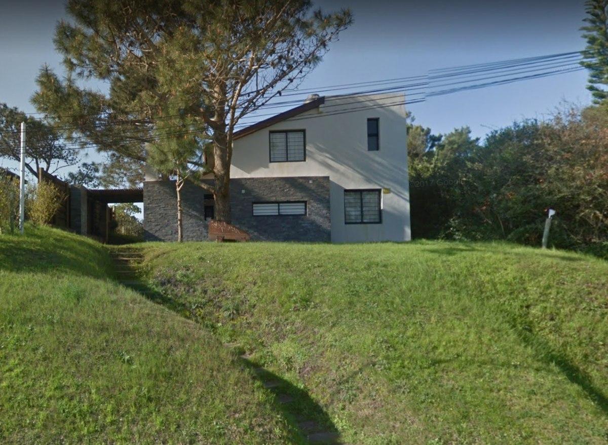 casa amplia punta del diablo 9 personas