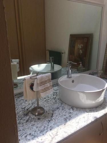 casa amueblada, 3 recamaras 2.5 baños en juriquilla santa fe