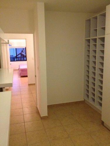 casa amueblada minimalista en  renta en fracc cerrado el mirador qro
