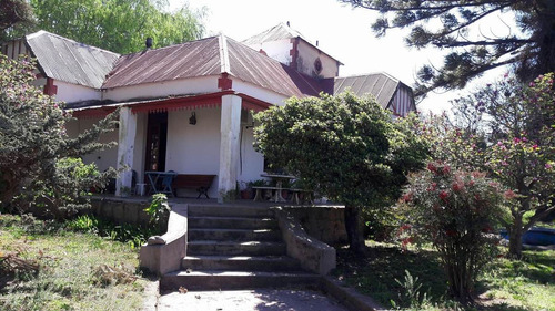 casa antigua con ubicación privilegiada en achiras