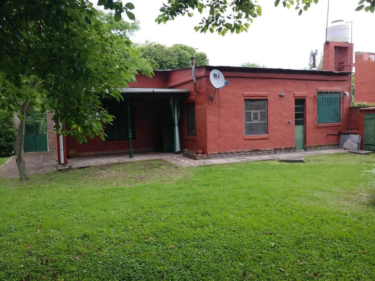 casa antigua en carlos keen añeja arboleda
