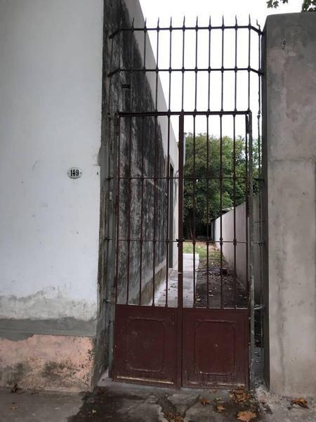 casa antigua en san vicente destino comercial.